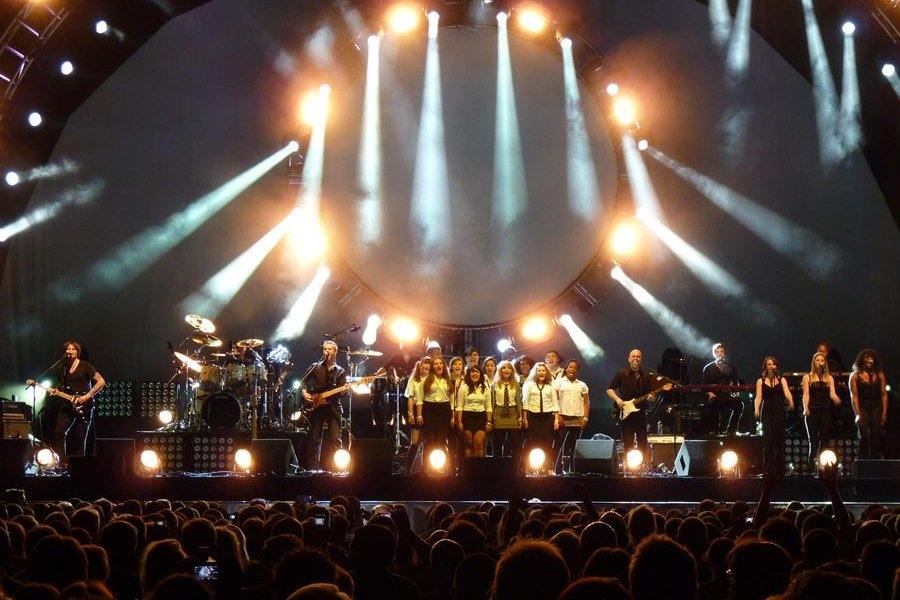 Brit Floyd - Pink Floyd tribute - Another Brick in the Wall